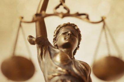 11 ציטוטים מרחיקי ראות על צדק חברתי