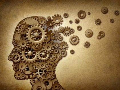 תעתועי הנפש: 10 ניסויים פסיכולוגיים עם לקח לחיים